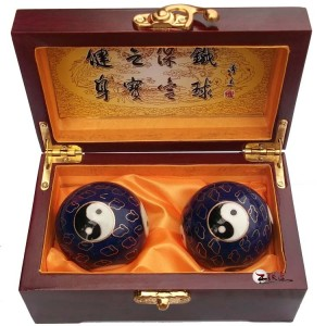 高档木盒景泰蓝-蓝太极